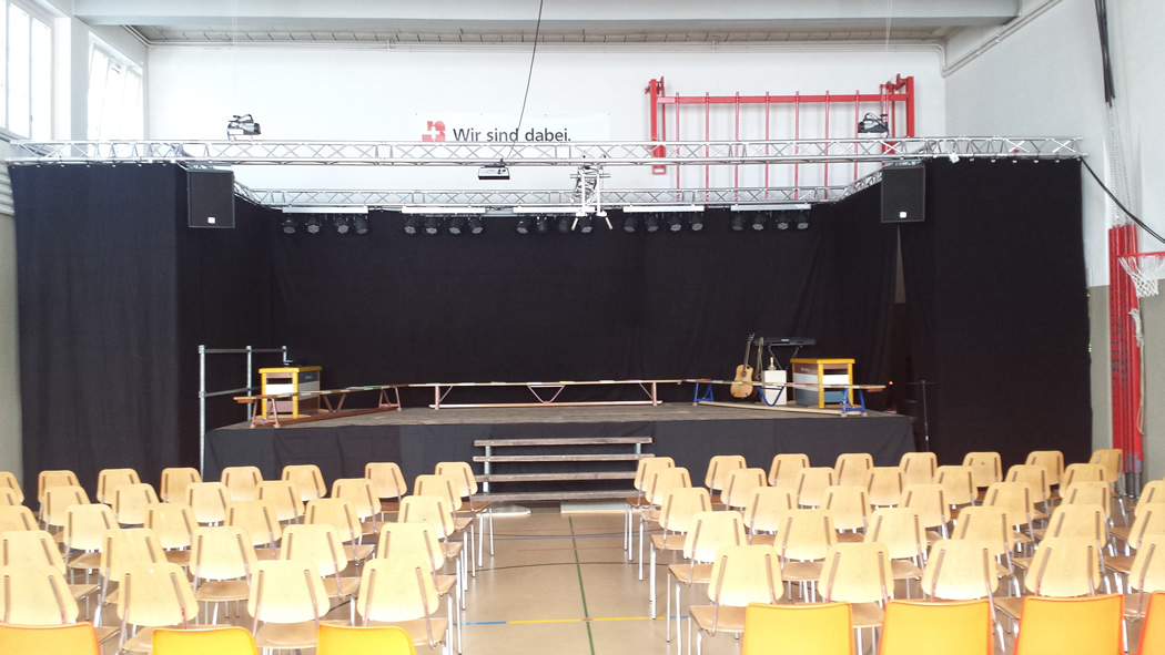 Installation Turnhalle
